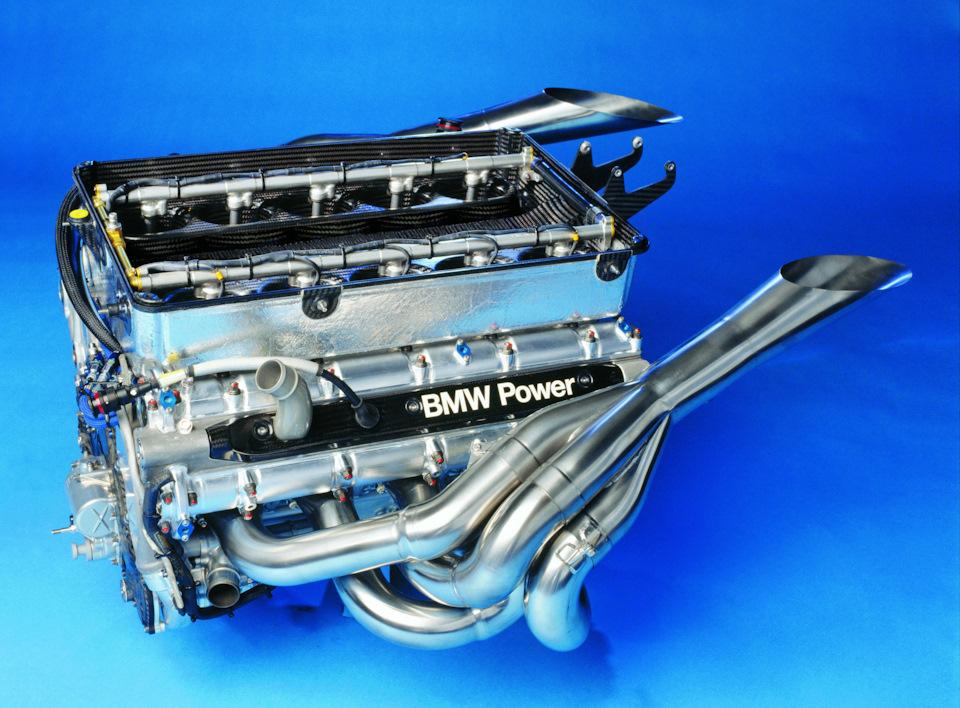 Двигатель BMW P82.