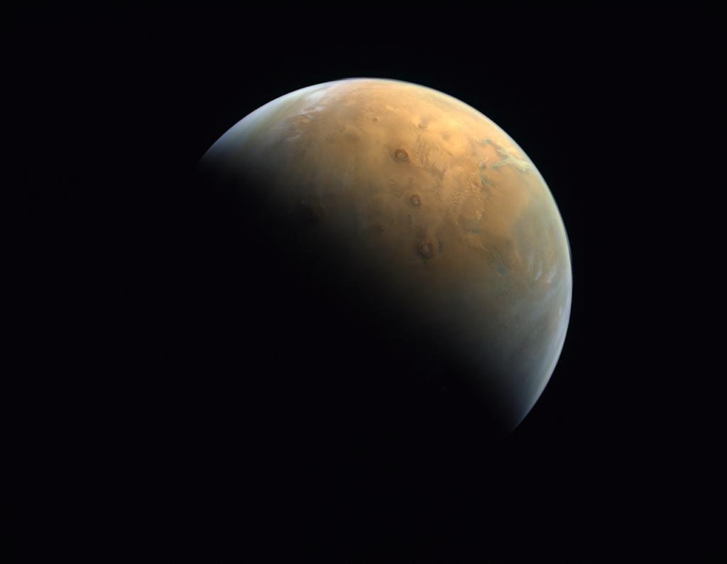 снимок вулканов Марса