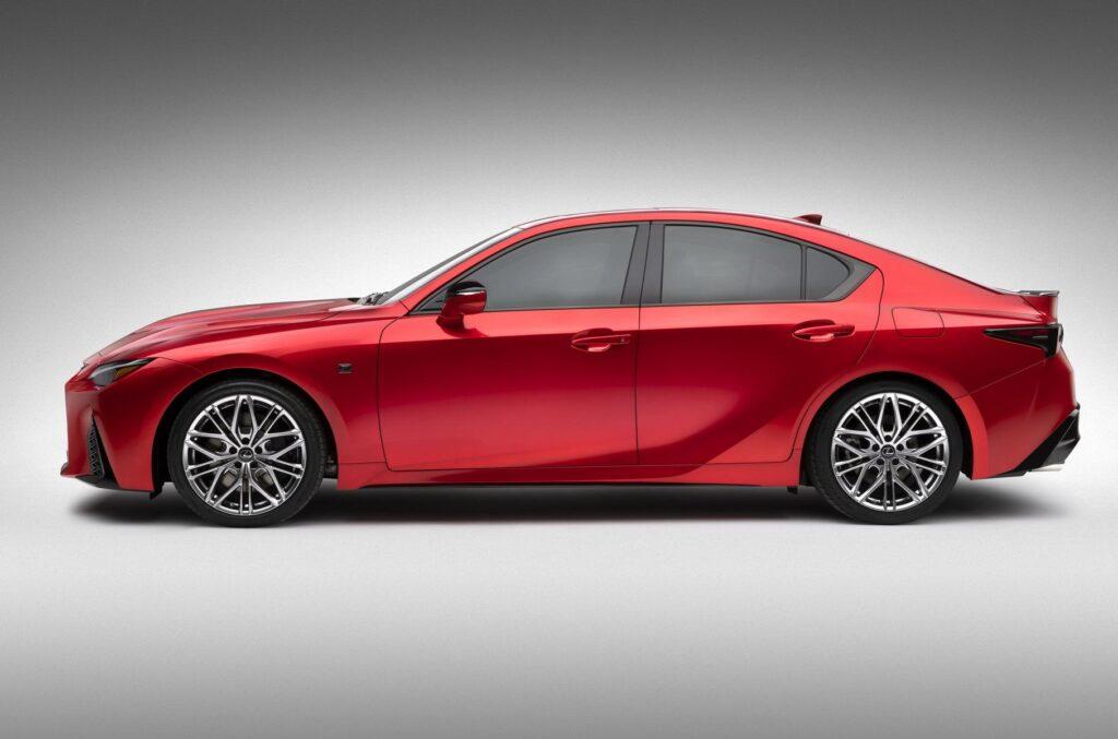 характеристики Lexus IS 500 F
