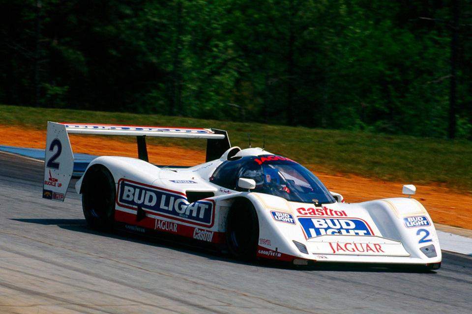 Дэйви Джонс на Jaguar XJR-14 на пути к победе на этапе IMSA-GTP '92 в Роуд-Атланте