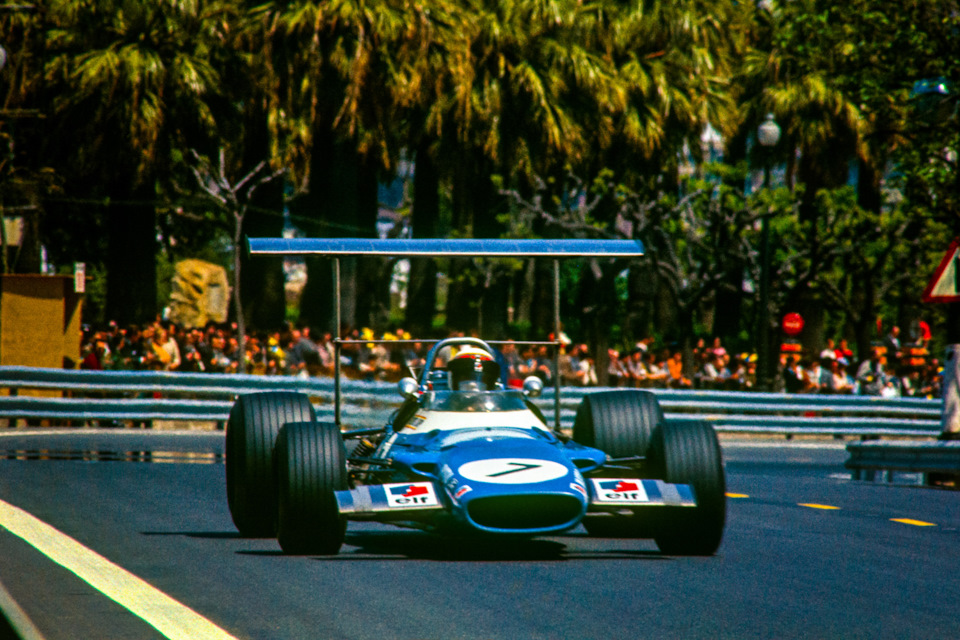 Джеки Стюарт на Matra MS80 Ford на пути к победе в Гран При Испании '69