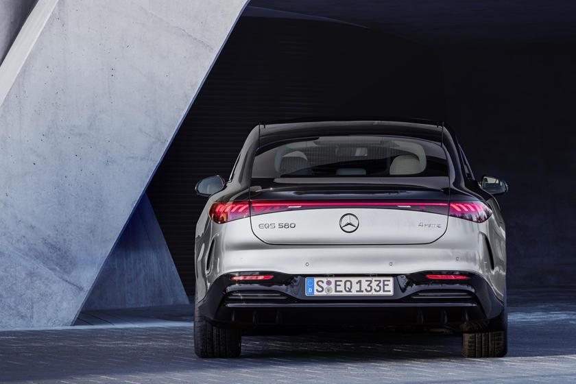 цена Mercedes-Benz EQS