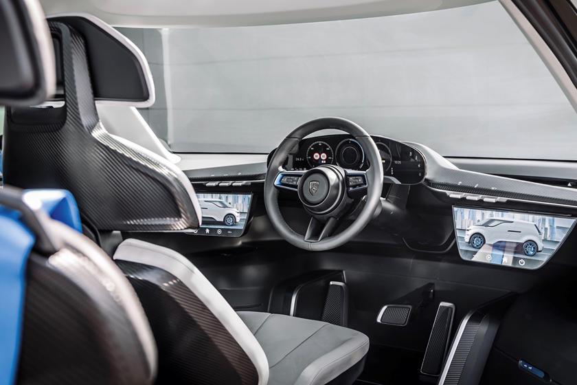 Porsche показала 6-местный минивэн